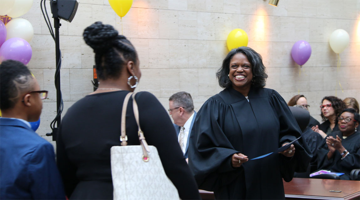 자녀와 학부모가있는 판사