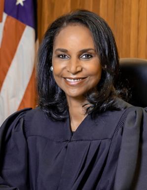 수석 판사 Josey-Herring